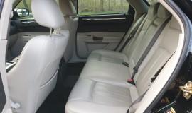 2005-Chrysler-300c-5.7-Hemi-V8-10