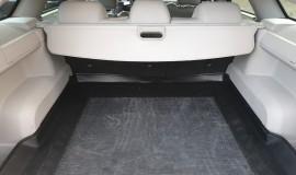 2005-Chrysler-300c-5.7-Hemi-V8-11