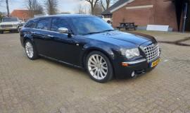 2005-Chrysler-300c-5.7-Hemi-V8-7