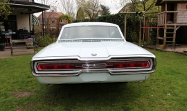 1966 Ford Thunderbird Town Hardtop 390 - White Blue (12)