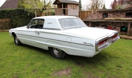 1966 Ford Thunderbird Town Hardtop 390 - White Blue (13)