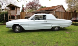 1966 Ford Thunderbird Town Hardtop 390 - White Blue (14)