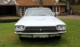 1966 Ford Thunderbird Town Hardtop 390 - White Blue (16)