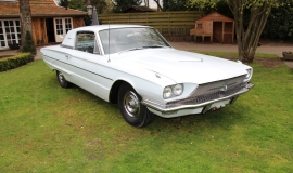 1966 Ford Thunderbird Town Hardtop 390 - White Blue (17)