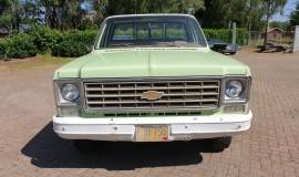 1975-Chevrolet-C20-Custom-Deluxe-350ci-9