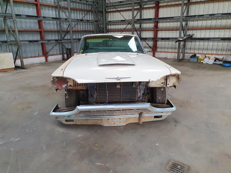 1965-Ford-Thunderbird-390ci-9