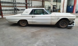 1965-Ford-Thunderbird-390ci-7