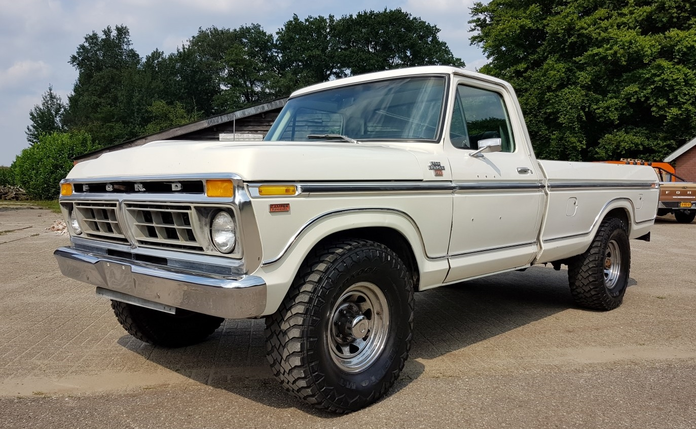 1977 ford f250 xlt ranger with 460ci v8 speed monkey cars. Black Bedroom Furniture Sets. Home Design Ideas